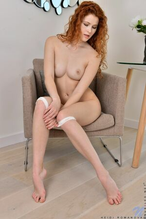 nude young redhead